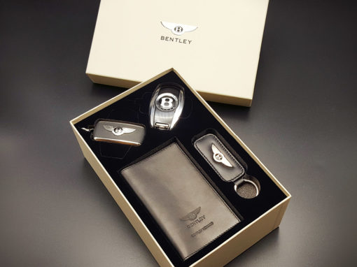 Mousse PU recouverte de suédine pour le coffret luxe de Bentley