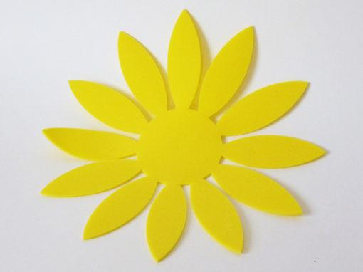 Fleur en mousse jaune de polyéthylène