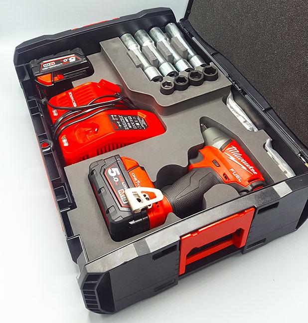 Mousse valise outils BTP