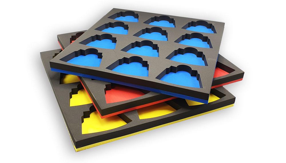Plateaux de rangement outils bleu, rouge et jaune