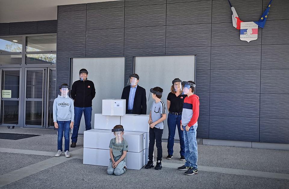 JPJ donne 800 visières anti-projections aux écoliers d'Aillant